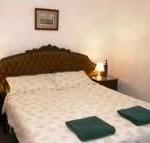 Bellwood CYPRESS COTTAGE MAIN BEDROOM