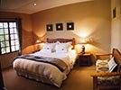 Midlands Inverness Cottages Savannah bedroom