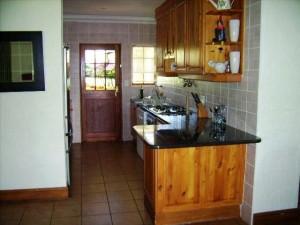 Waterwood Hillside Kitchen