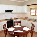 Lythwood-cottages-kitchen
