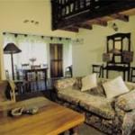 Riverside Cottages Kamberg Huners Cottage Lounge